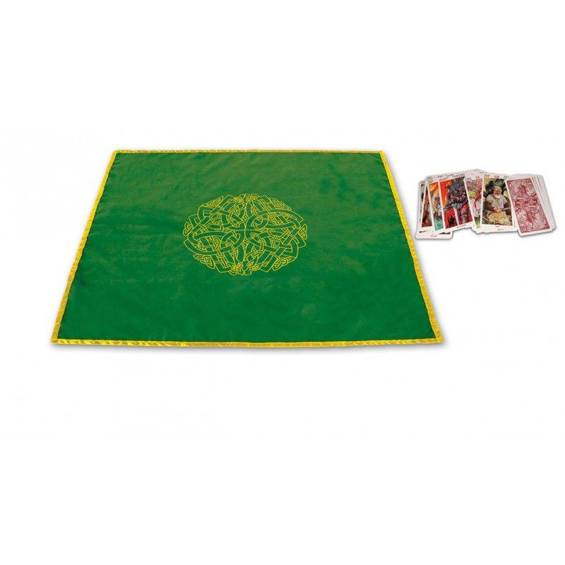 Pano ideal para lançamentos de Tarot com símbolos astrológicos. Material: Veludo Cor: Azul-escuro Tamanho: 120 X 80 cm